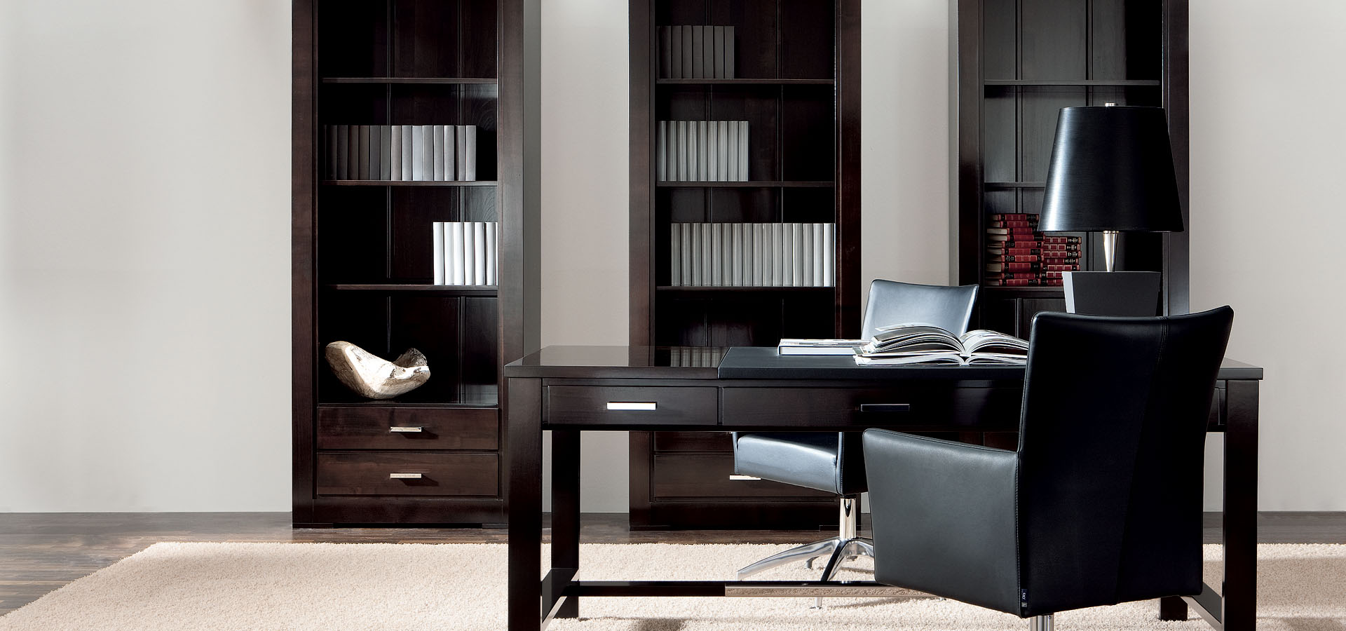 willkommen in der m belmanufaktur form exclusiv. Black Bedroom Furniture Sets. Home Design Ideas